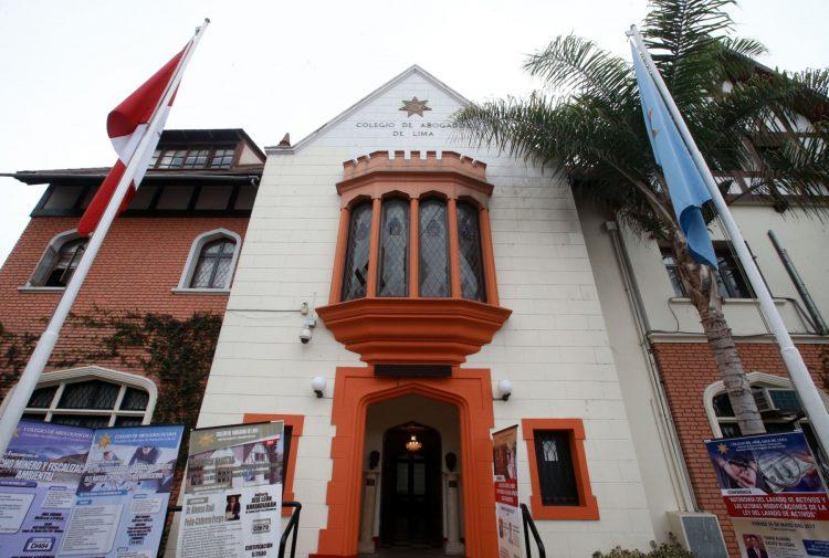 Organizaciones de la sociedad civil piden suspender temporalmente a Chávarry del Colegio de Abogados de Lima
