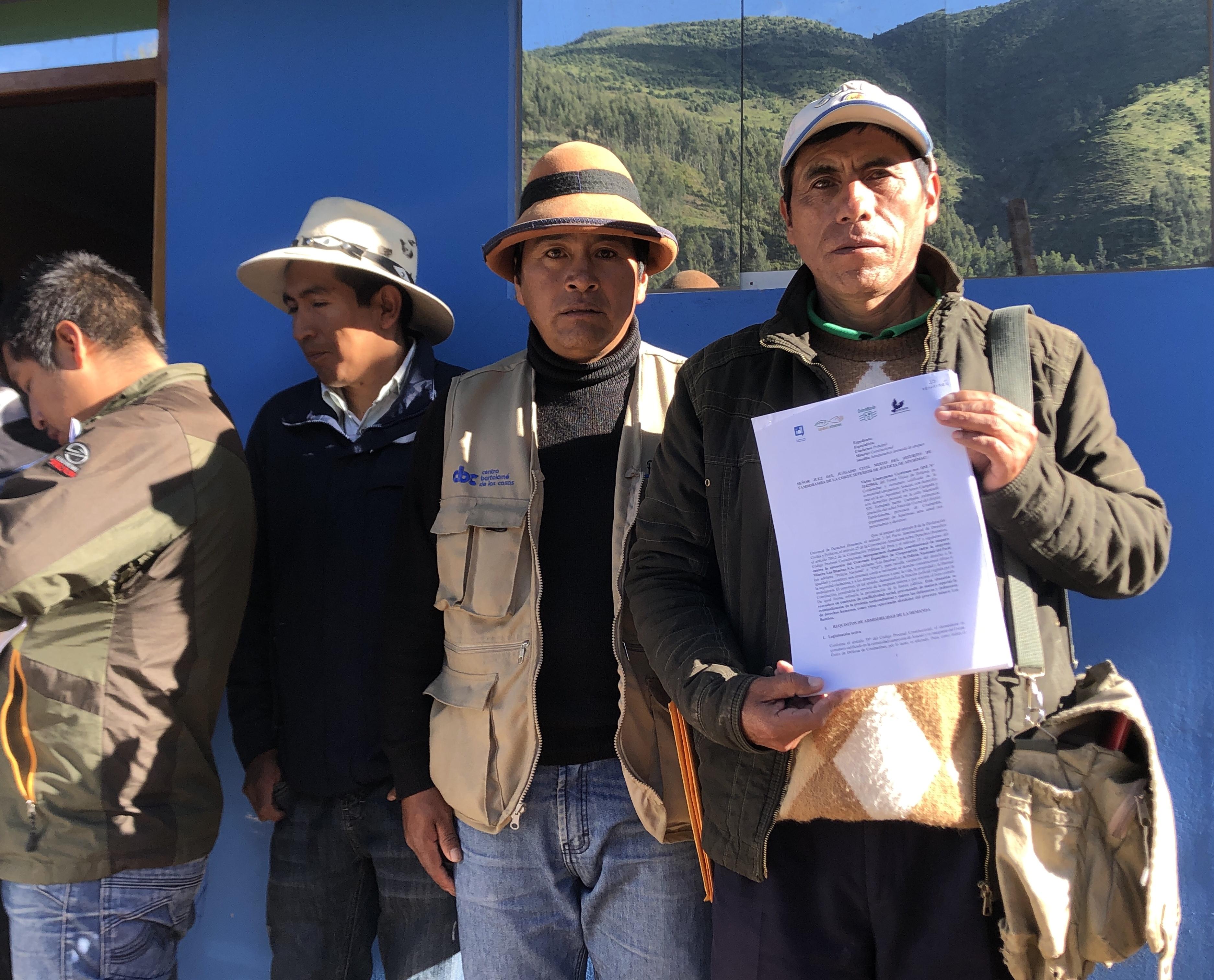 Presentan demanda contra convenio entre la Policía Nacional y Minera Las Bambas S.A.