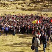 Conversatorio sobre estados de emergencia y extractivismo a raíz de conflicto en Las Bambas