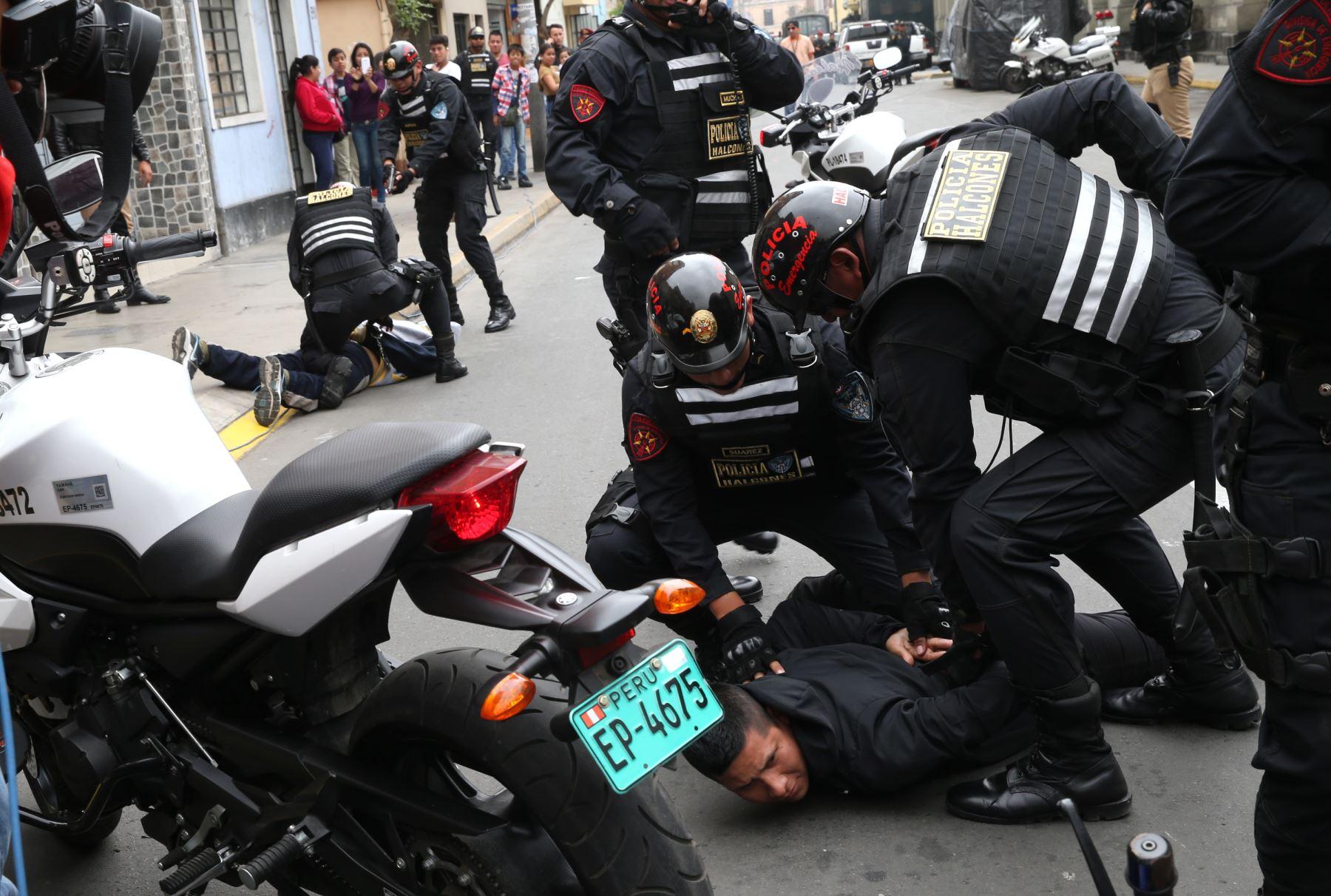 Seguridad Ciudadana: Ejecutivo debe impedir aprobación de ley que protege policías y viola normas constitucionales