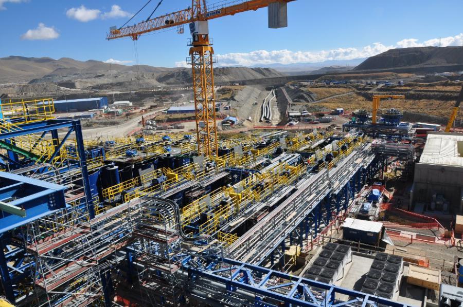 En Espinar minera sigue cometiendo irregularidades a pesar del inicio de consulta previa