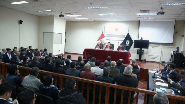 Suspenden la acusación contra 35 exmarinos peruanos por la matanza de El Frontón (El Diario.es)