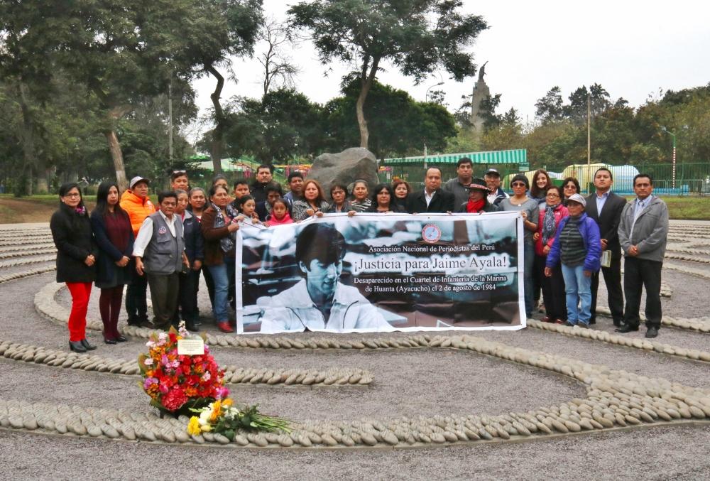 Jaime Ayala: ANP realizó homenaje por 35 años de desaparición forzada (CrónicaViva)