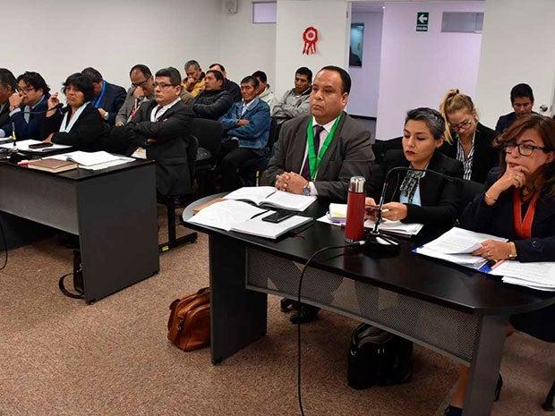 Piden 20 años de cárcel para ex militares por violar a comuneras de Manta y Vilca (El Popular.pe)