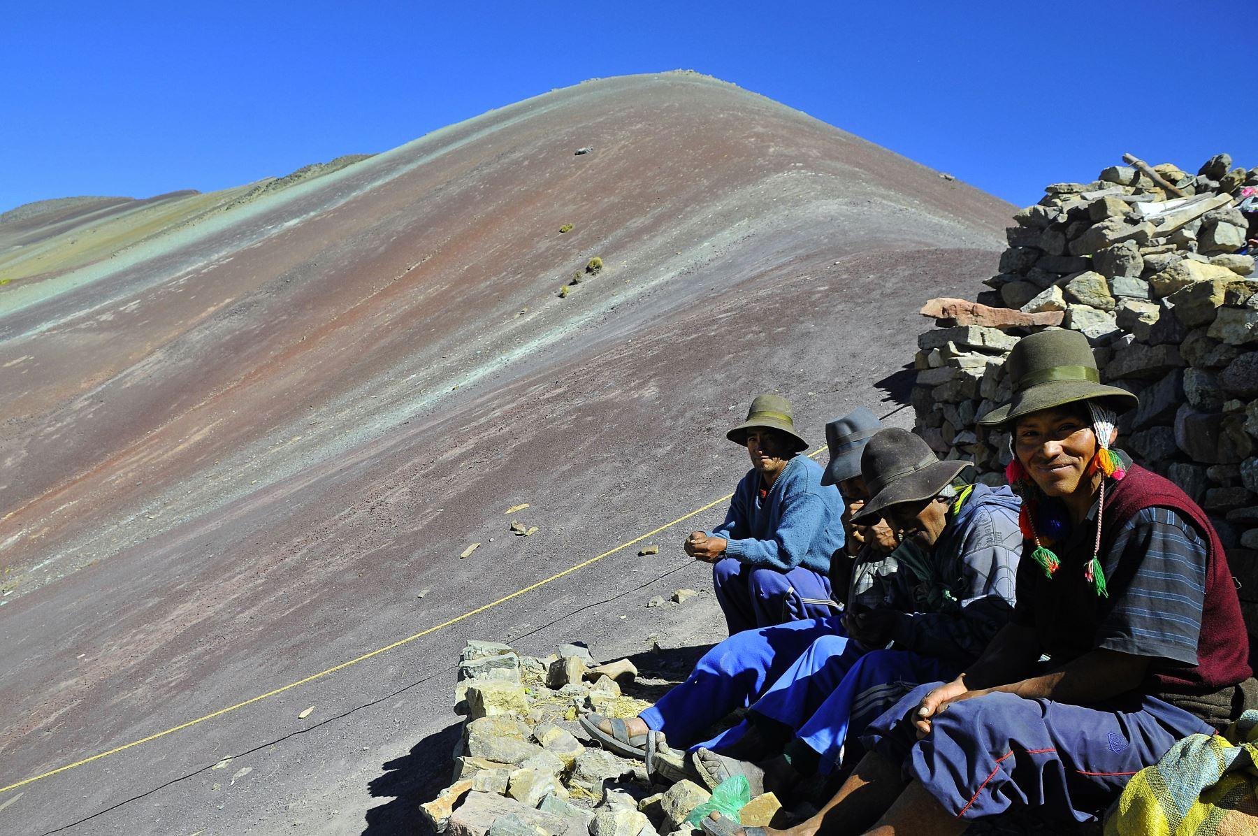 Las concesiones mineras otorgadas de manera inconsulta en Pitumarca deben declarase nulas
