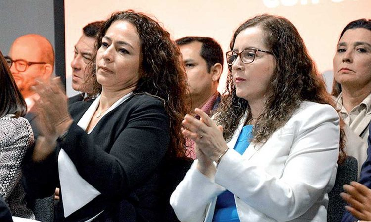 Fujiaprismo distorsiona la Constitución (Diario Uno)