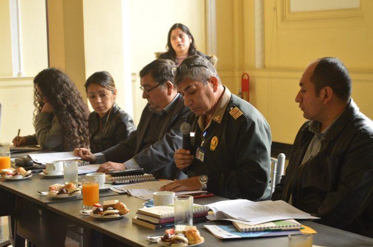 """Mesa de trabajo: elaboración del """"Manual sobre los derechos de la persona detenida"""""""