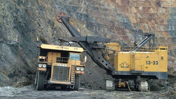 Minera Volcan aportó US$ 260,000 para campaña publicitaria de Confiep en 2011, según IDL-Reporteros (RPP)