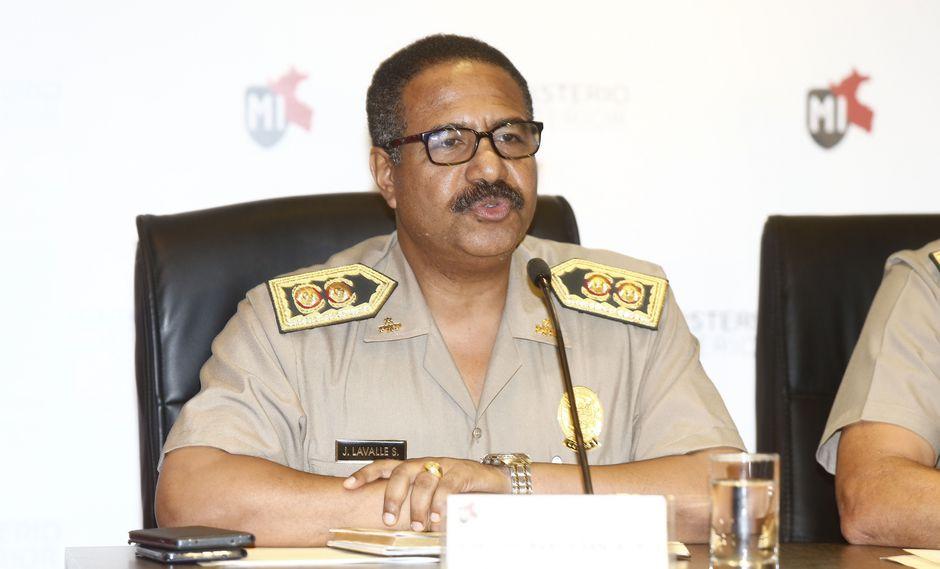 Cambian a jefes PNP de Lima y Callao por ola de inseguridad (La República)