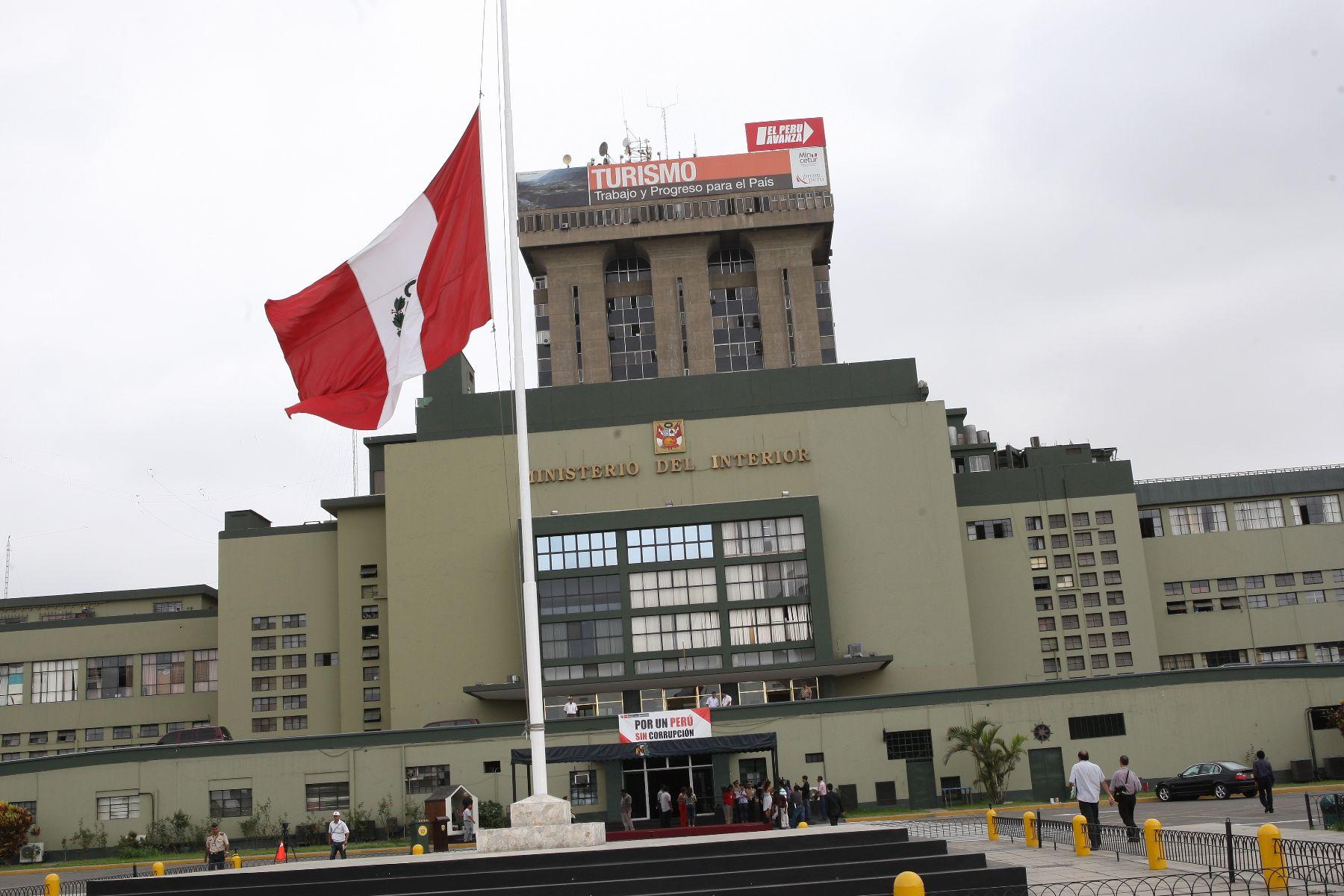 """Foro """"El Crimen Organizado, propuestas y soluciones hacia un Perú seguro"""": una síntesis"""