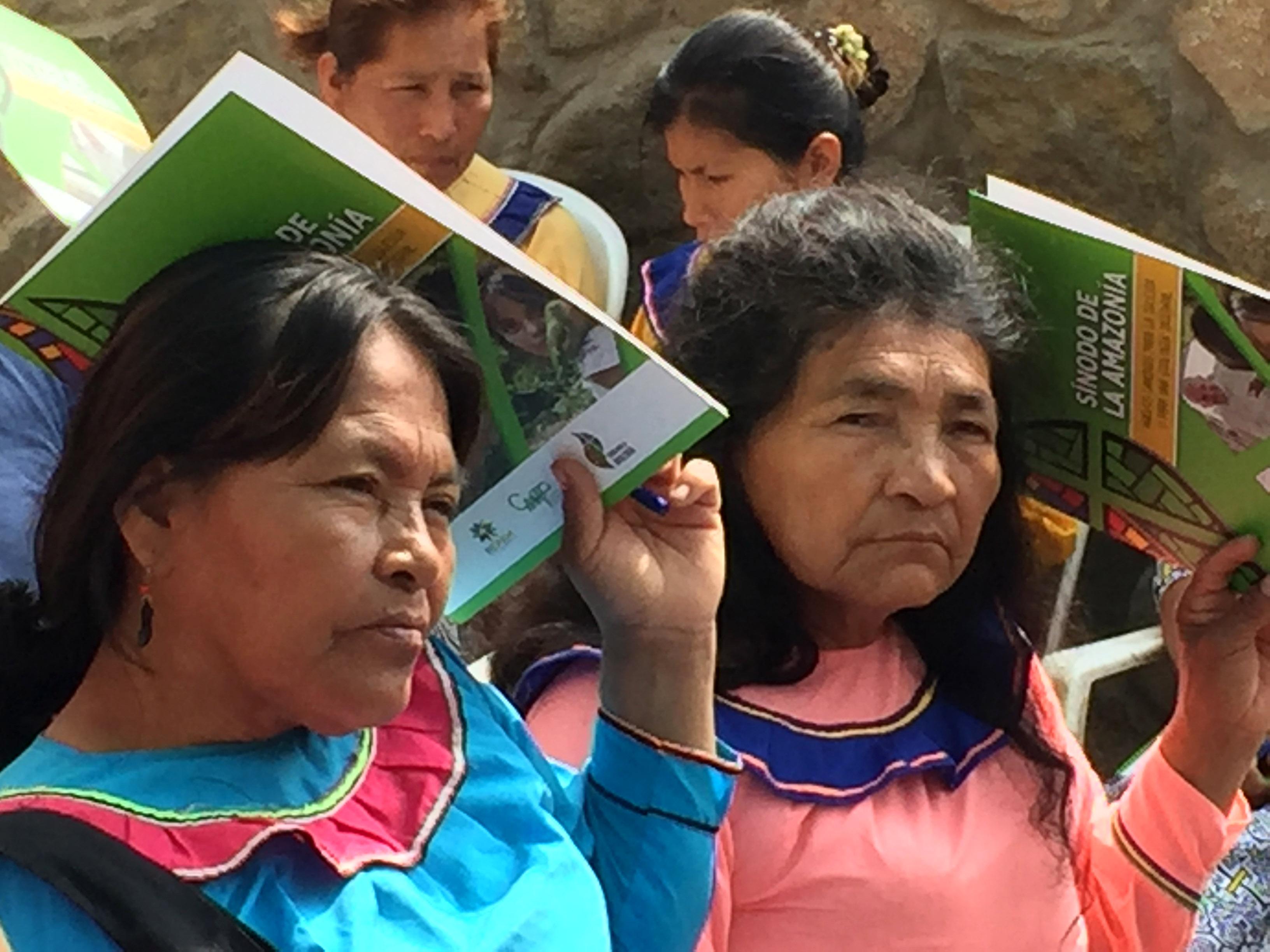 Declaran improcedente demanda de amparo de familia shipiba contra PRONABEC