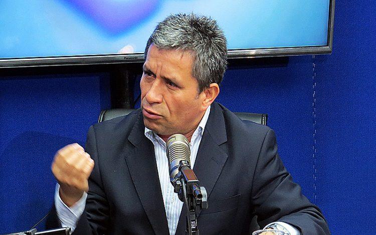 Retiro de escolta a congresistas, solo una propuesta, aclaran en Perú (Prensa Libre)