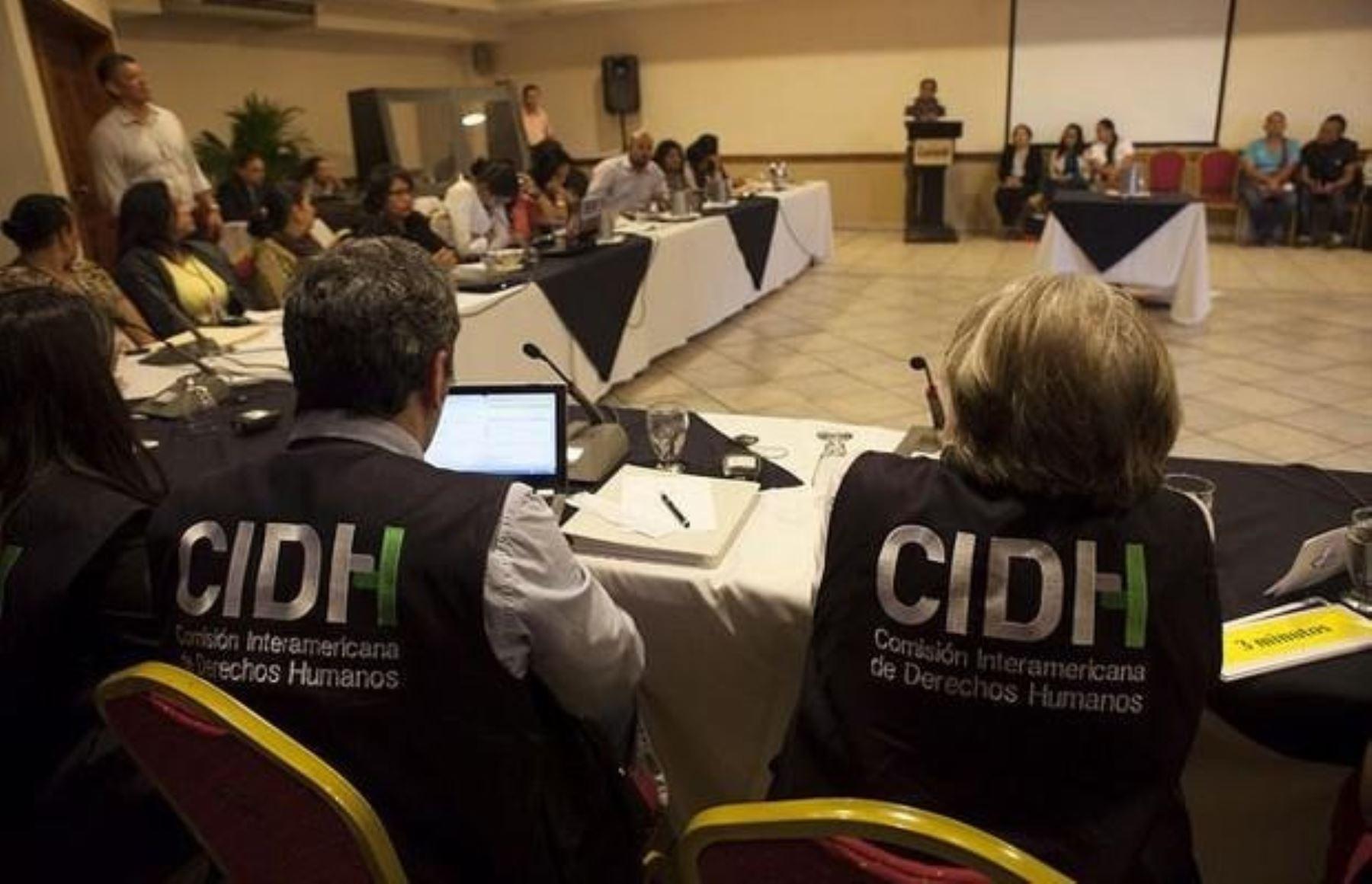 Comisión Interamericana de Derechos Humanos cuestiona convenios entre Policía y empresas mineras