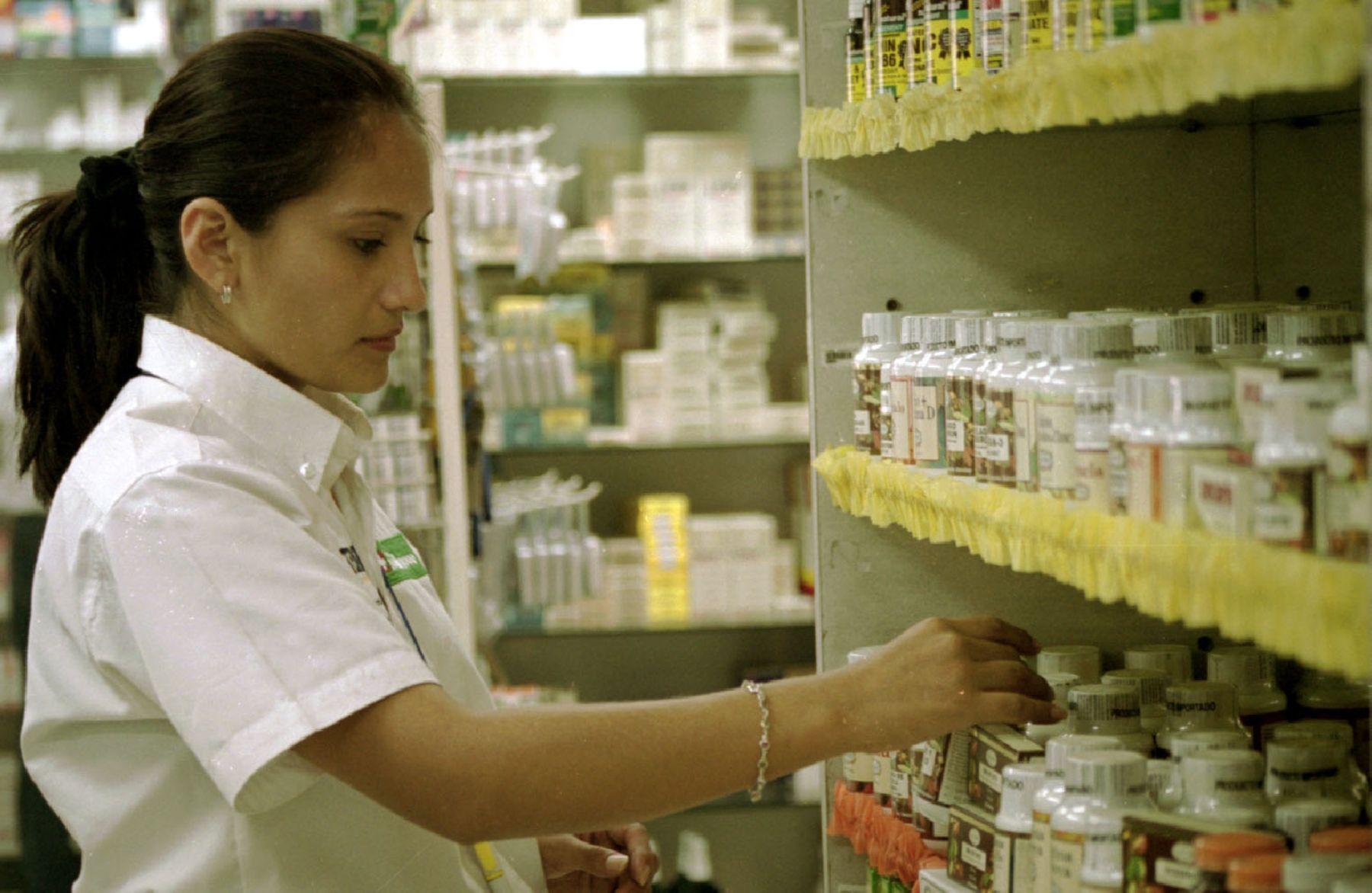 Información sobre la demanda de amparo contra el monopolio farmacéutico del grupo InRetail Pharma S.A